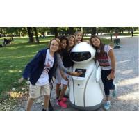 幼儿园服务机器人 克路德机器人