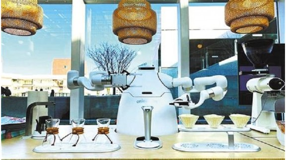 商场服务机器人赋能商业转型,带来不同的购物新体验