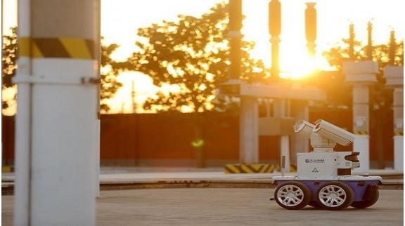郑州一台智能巡检机器人对变电设备进行巡检