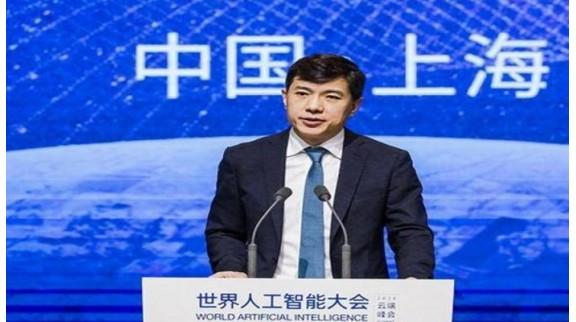 李彦宏提案:支持龙头企业成为人工智能人才培养支撑力量