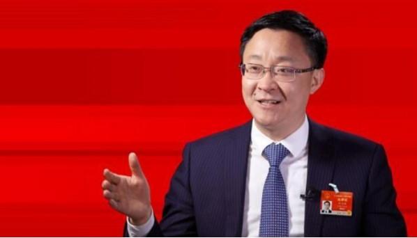 """全国人大代表刘庆峰:用人工智能解""""时代命题"""""""