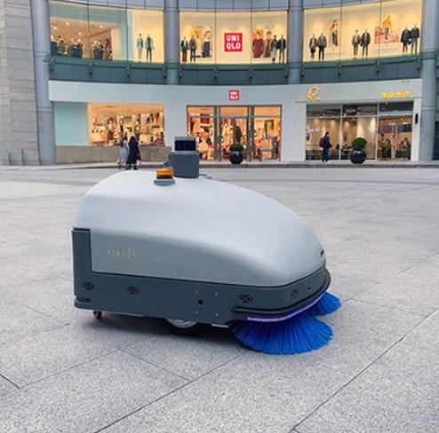 无人驾驶扫地机器人